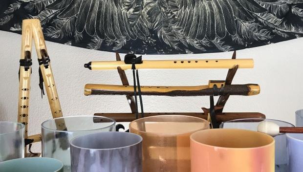 Image-bowls:flutes